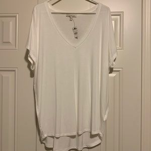 Express OneEleven White V-Neck (new with tags)